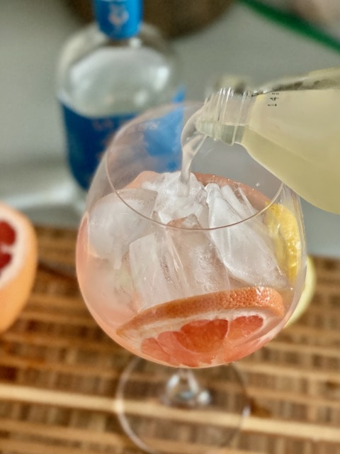 gin mocktails lyres spritz