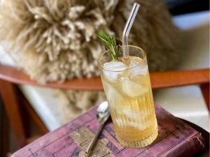 kentucky mule with non alcoholic whiskey