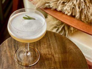 tasting seedlip cocktail garden sour