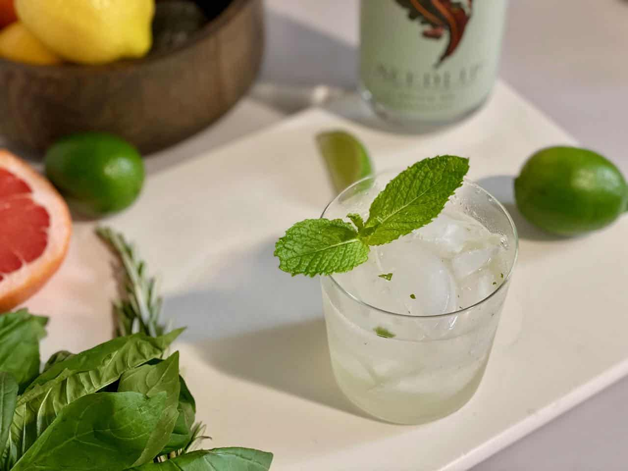 seedlip cocktail with ginger beer